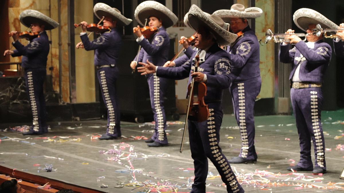 Mariachi Vargas Función de Gala